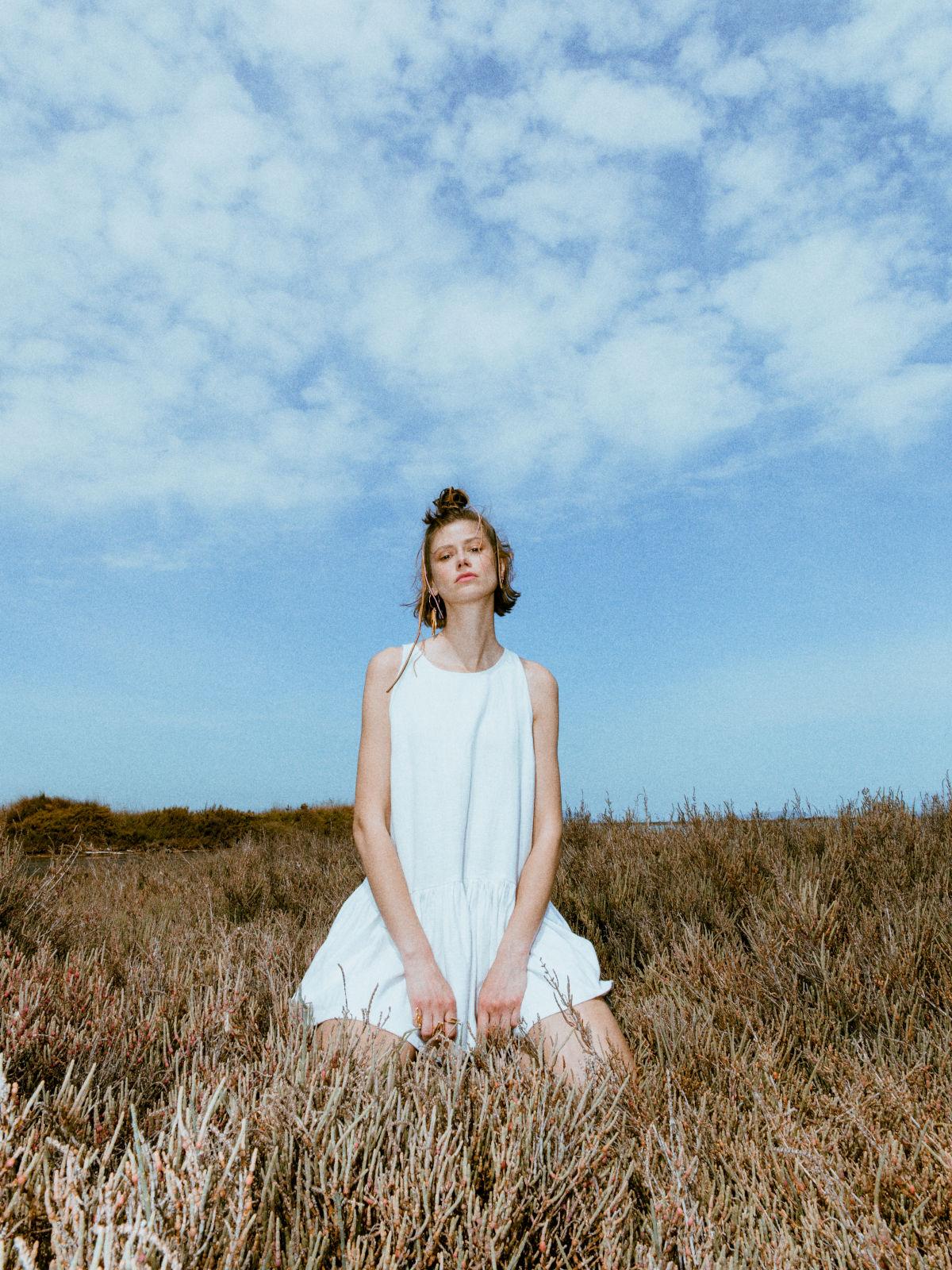 Kido ramie short dress in white